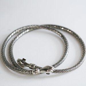 D. L. Auld Co. Vintage Silver Mesh Hands Belt